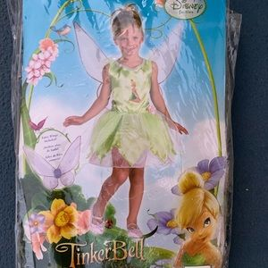 Girls Tinkerbell Costume with Wings!
